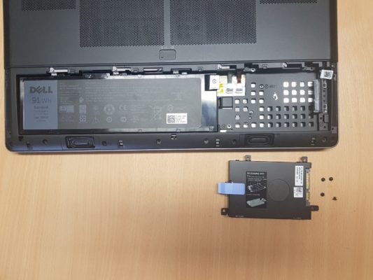 Laptop remove hard disk